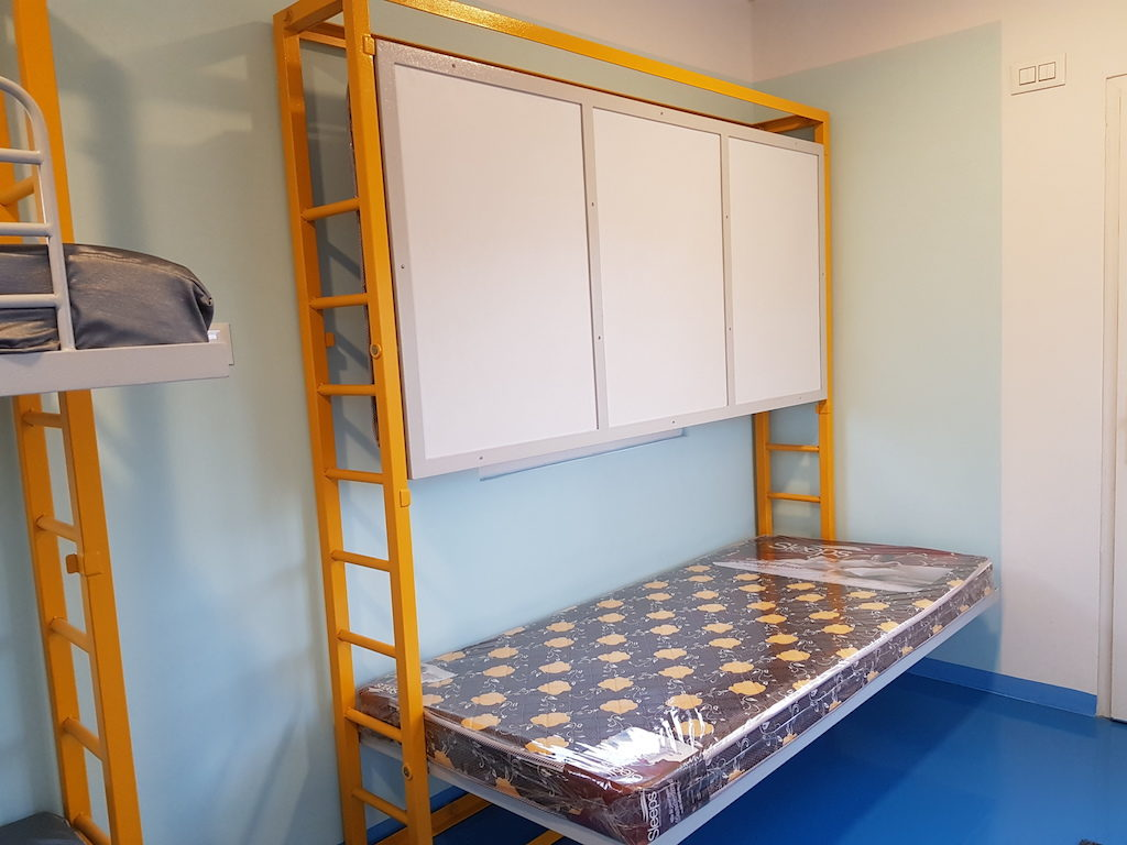 Foldable Bunk bed 5