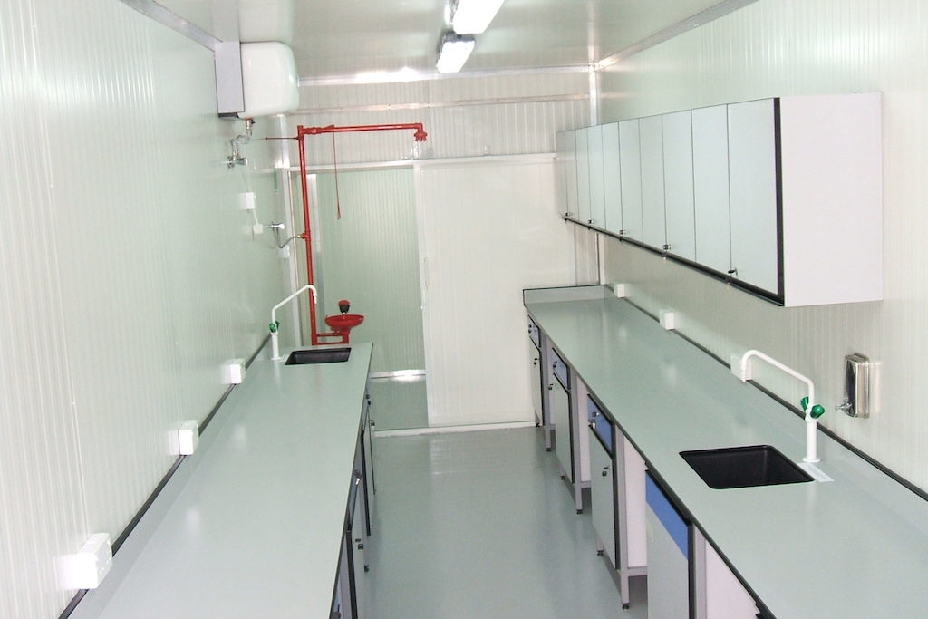 lab in container 3