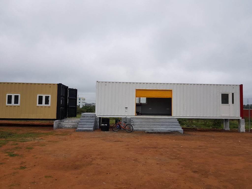 Workshop in container 5